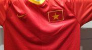 Maglia della nazionale del Vietnam (collezione Simone Panizzi, foto Daniele Dei)