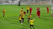 Stefano Sacco esulta dopo il gol dell'1-0 di Folgore-Engordany (foto Daniele Dei)