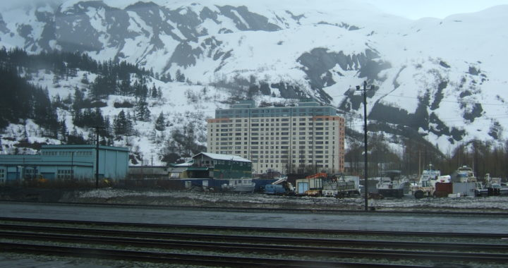 Due passi a Whittier, Alaska
