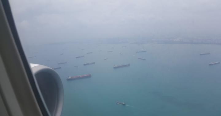"""Quei """"mattoncini"""" tra Singapore e Sumatra: dove passano i grandi commerci navali"""